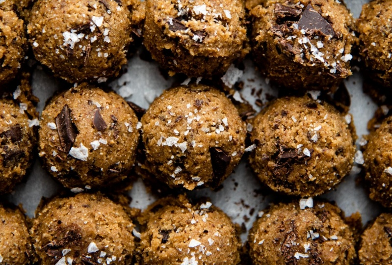 Espresso Rye Chocolate Chip Cookies