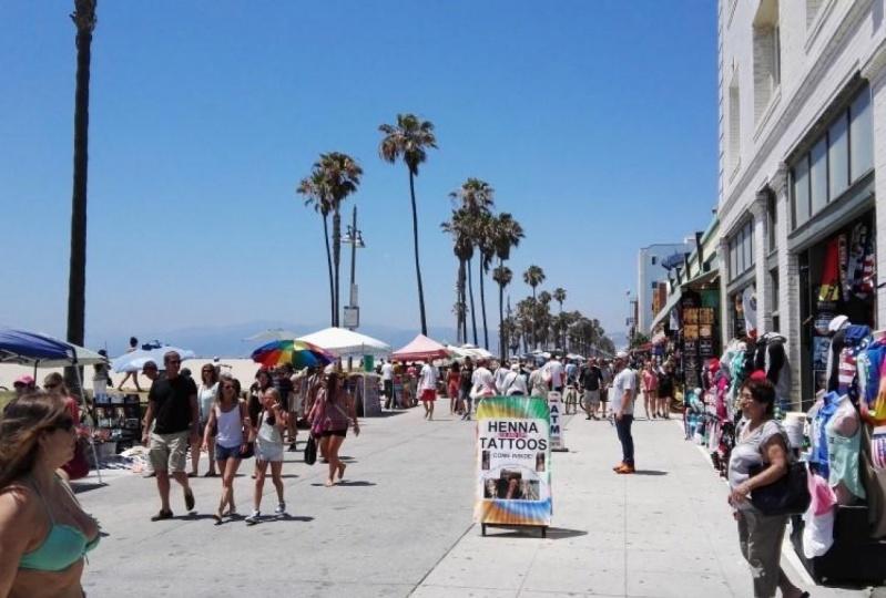 Menice Beach