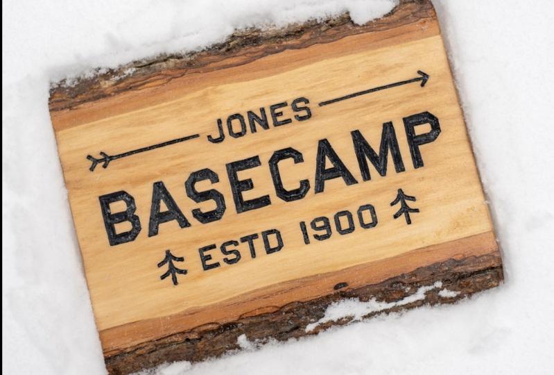 BASECAMP Sign