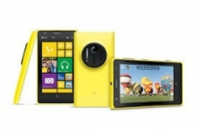Launch of Nokia Lumia 1020 in The UK