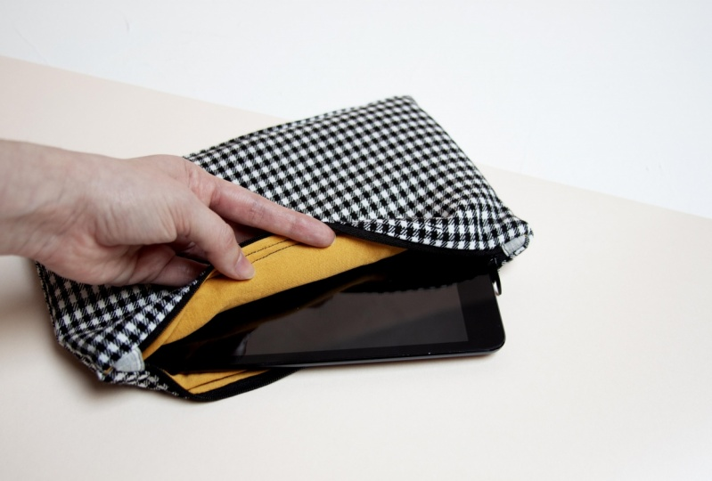 Zipper Pouch for ipad