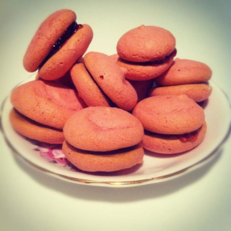 My (slightly lumpy, cracked, footless) Macarons :)