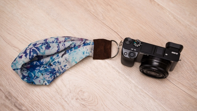 A Wrist Camera Strap for my Sony a6000 Camera (Sample Project)