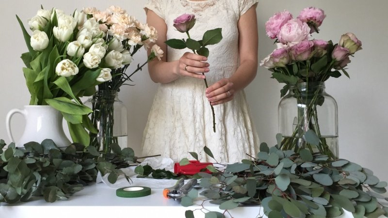 French Spiral Flower Bouquet Lesson | Skillshare Projects