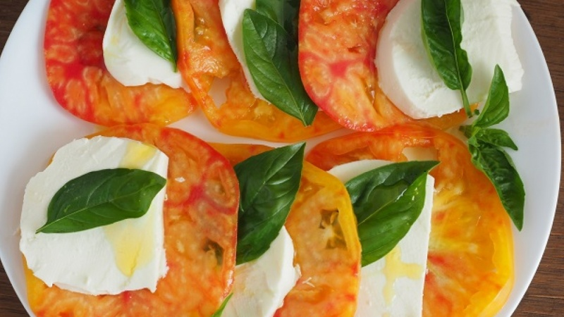 Mr. Stripey Heirloom Tomato Caprese Salad