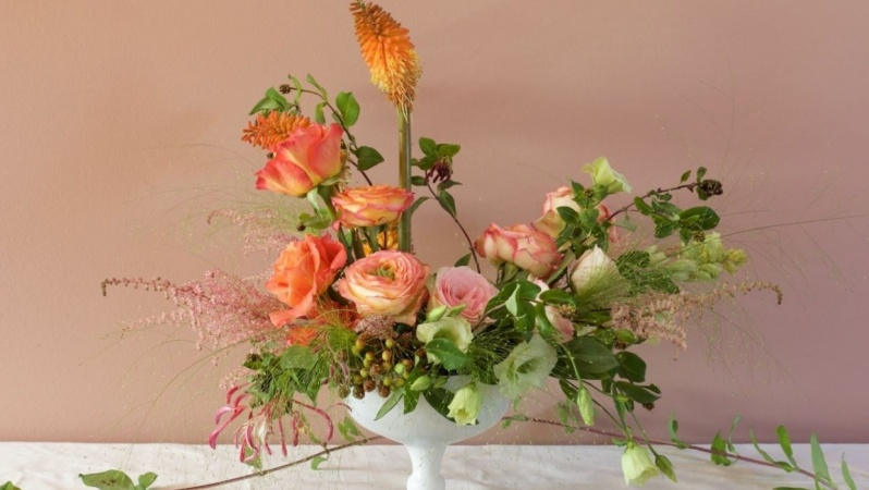 Pink + orange arrangement