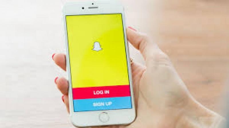 Snapchat: 10 Hacks In 10 Minutes
