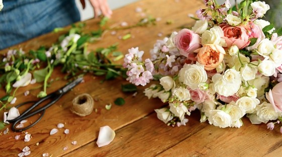 DIY Floral Centerpieces Flower Arranging Classes Roses Spring Bouquets Foliage Scissors Clippings