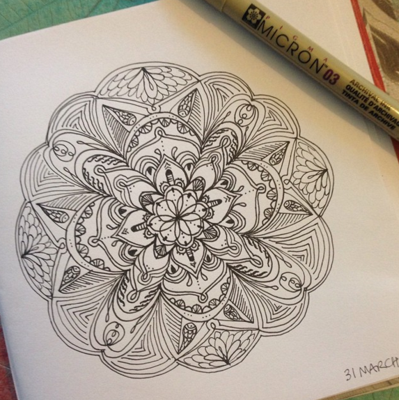 Drawing Mandalas Easy Fun Creative Art Therapy To De Stress