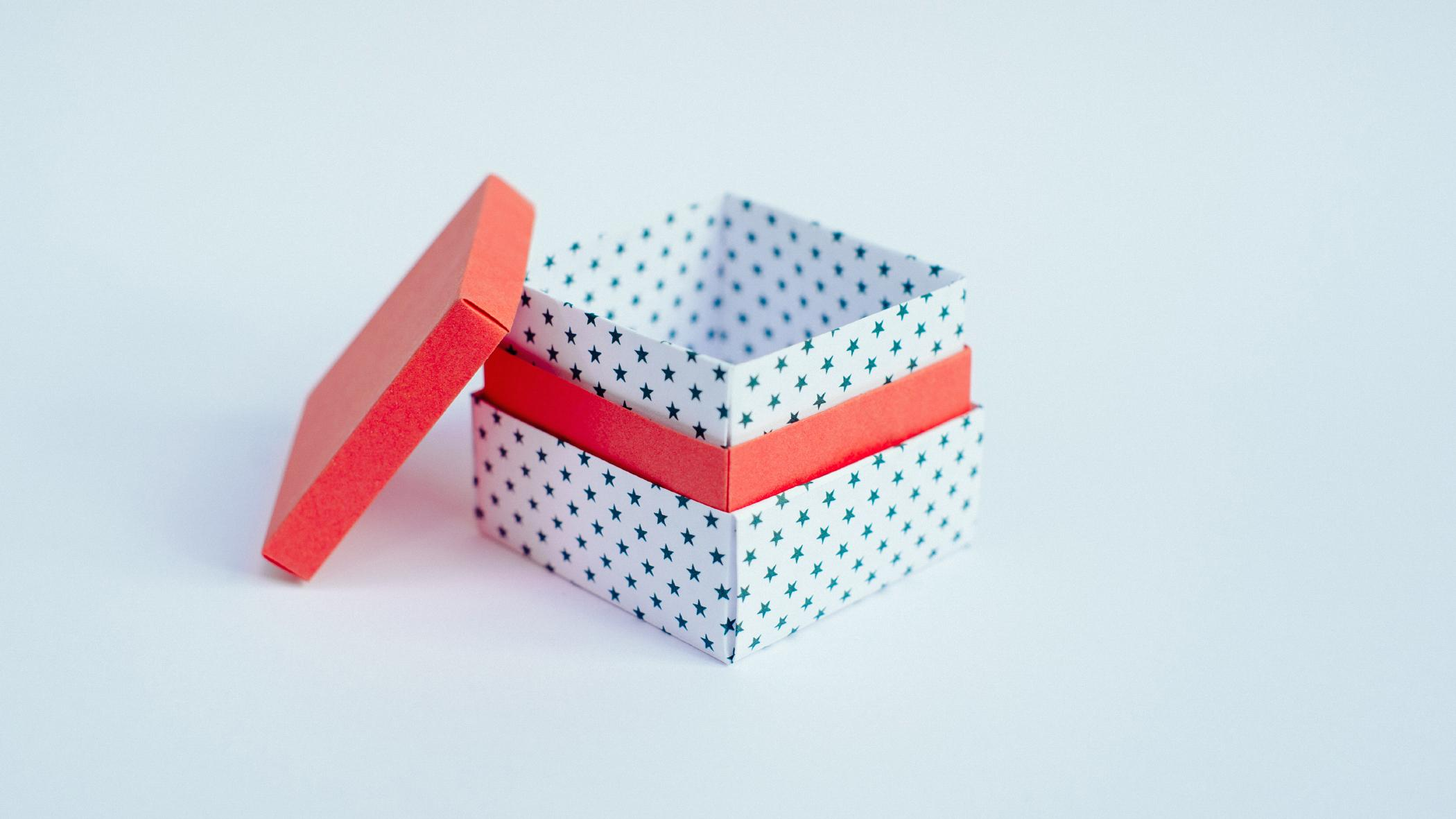 Gift box template - source: Ideas Magazine | Origami gift box, Box ... | 1181x2100